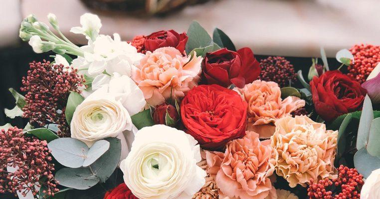 flores artificiais para arranjos