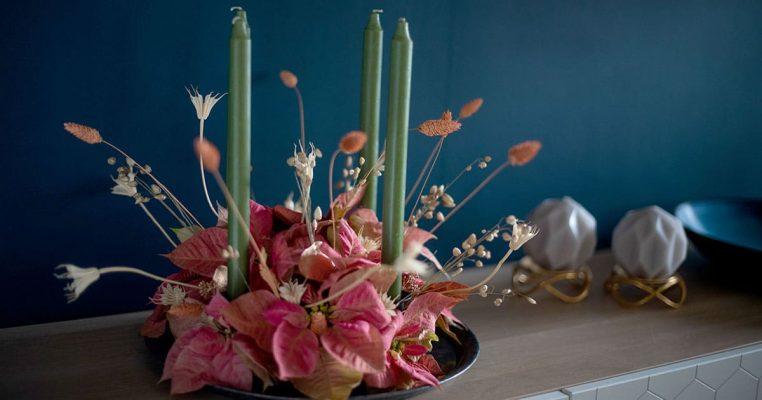 arranjos de natal com flores artificiais